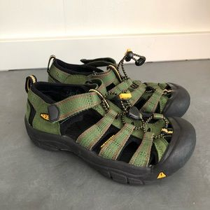 KEEN Green NEWPORT Sandals Waterproof Sandals
